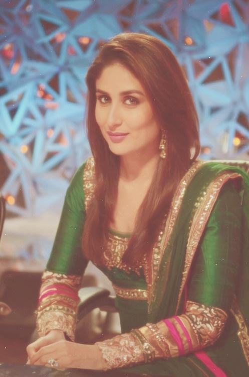 #kareenakapoor in bright green kameez