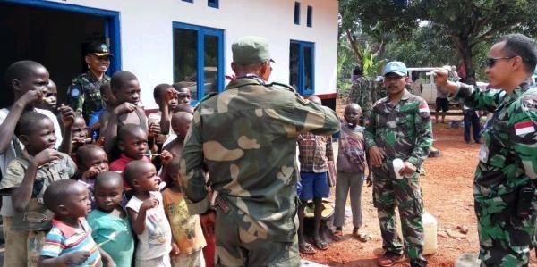 Satgas Kizi TNI Berikan Penyuluhan Kesehatan Gigi di Desa Kongo