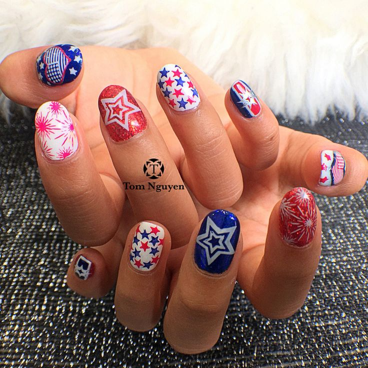 The 17 best Patriotic 4th of July Nail Art Ideas images on Pinterest ...