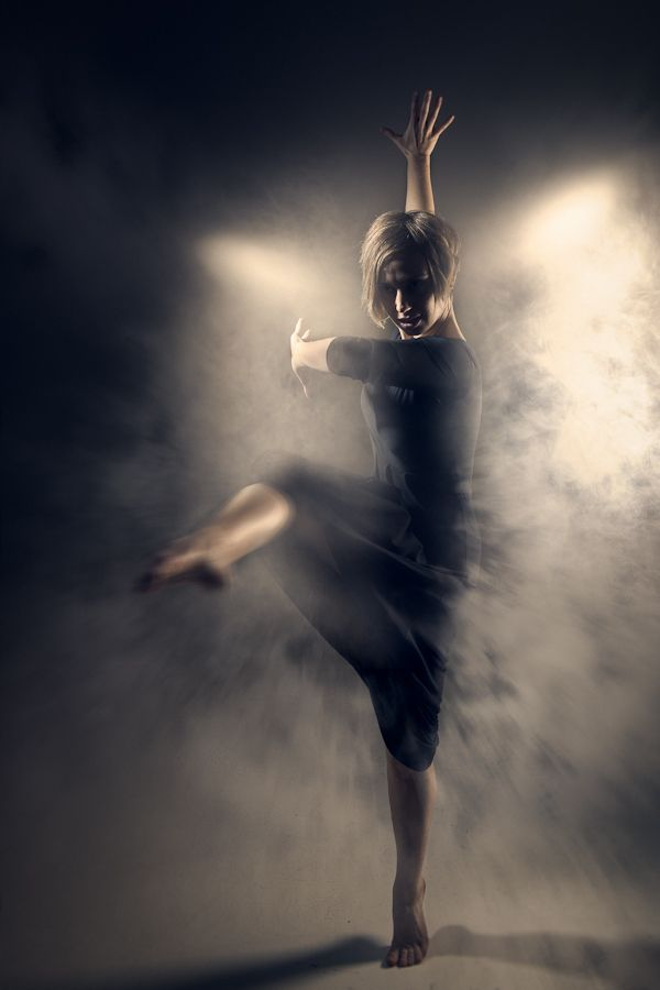 Spin by Michael Woloszynowicz / #dance #movement #form