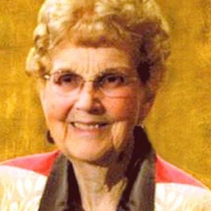 Mary Elizabeth Larsen in 2020 Mary elizabeth, Elizabeth