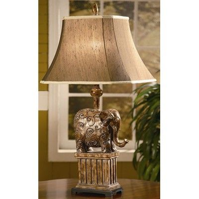 Crestview Roscoe lamp