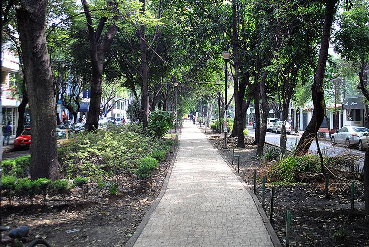 Avenida Amsterdam - Colonia Condesa 2 - Garden city movement - Wikipedia, the free encyclopedia