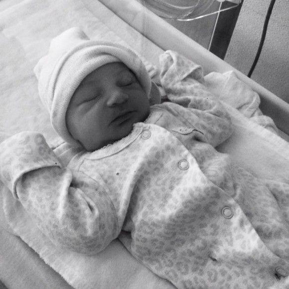 Mélissa Bédard de Star Académie a mis au monde son bébé | HollywoodPQ.com
