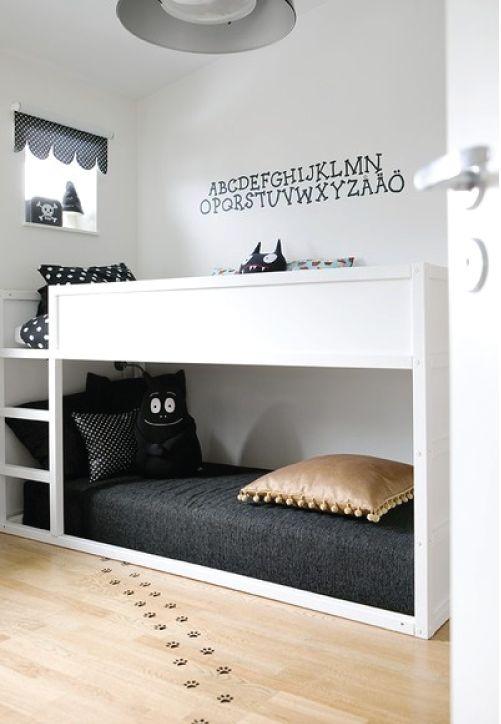 b&w kids bedroom