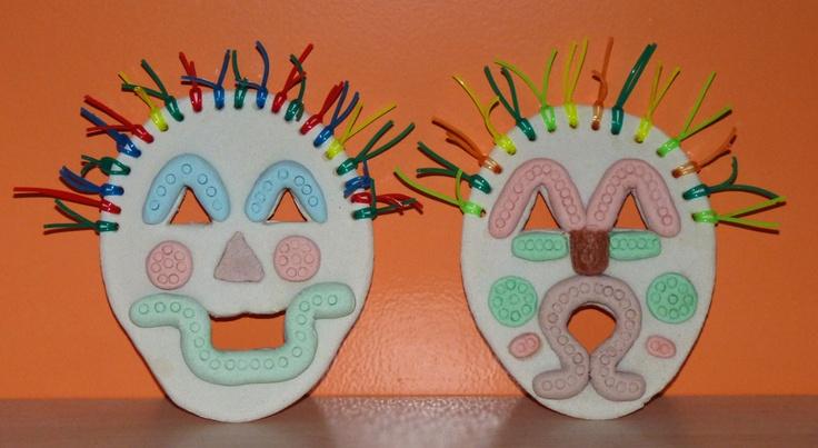 bricolage masque tribal ou t te de monstre rigolo en. Black Bedroom Furniture Sets. Home Design Ideas
