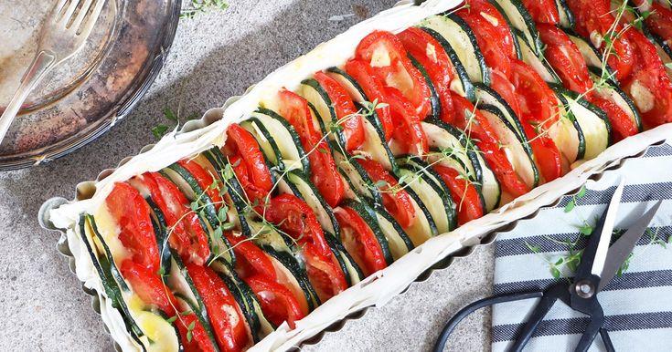 Tomat- och zucchinipaj