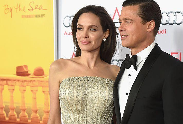 Angelina e Brad fizeram a mesma tatuagem antes do divórcio