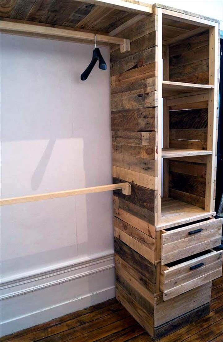 Ripiani Armadio Fai Da Te build a dressing room with pallets for free!! | idee per la