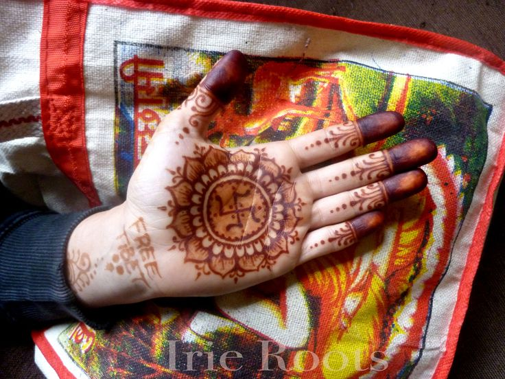 Free tibet - svastika henna By Irie Roots