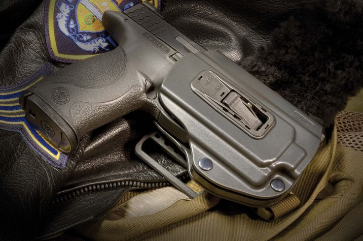 Viridian Tac Lock ECR System | Laser, Tactical Light And Holster in one | Click here for more info: http://americancopmagazine.com/viridian-tac-lock-ecr-system/ | #american #cop #tactical #holster #light #laser