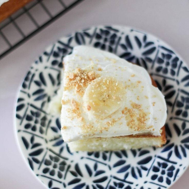 Banana cream sheet cake that is soooo delish perfect to