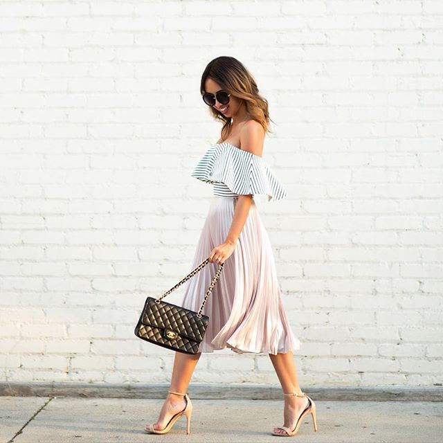 Pin for Later: 33 Outfits Every Petite Woman Should Try A Ruffled Top, a Pleated Midi Skirt, and Heels