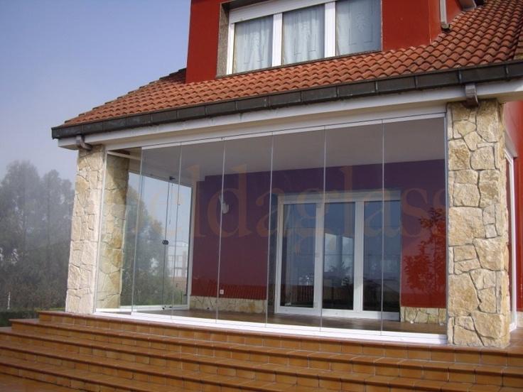 encuentra este pin y muchos ms en ideas para el hogar de ortega terraza porche acristalada con cortinas