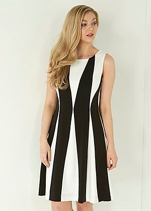 Roman Originals Contrast Panel Detail Dress #kaleidoscope #monochrome