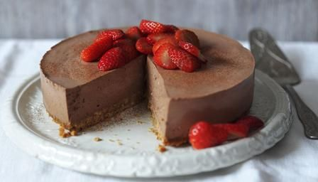 Low-fat cheesecake...WATCH VIDEO This reduced fat cheesecake uses quark, an almost fat-free soft cheese made from skimmed milk... Over 2 hours preparation time.. 10 to 30 mins cooking time.. Serves 8-10...