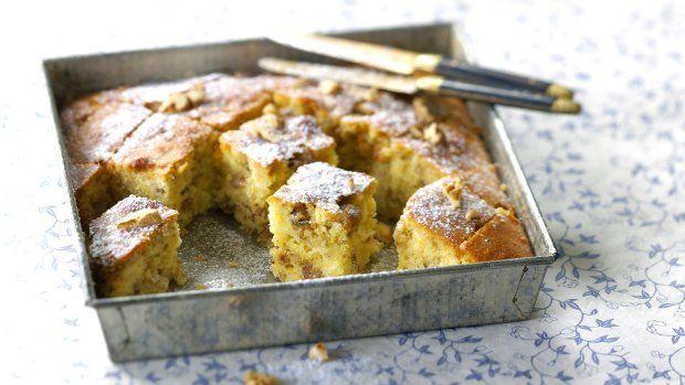 Řekové medu přezdívají nektar bohů a po ochutnání tohoto koláče jim dáte za pravdu. Upéct ho zvládnou i děti.