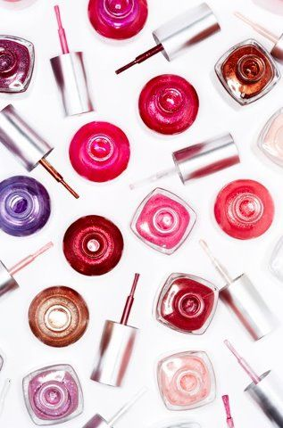 How to Make My Own Nail Polish to Sell