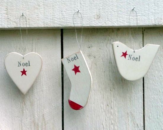 Wooden Noel Decorations - thechiccountryhome.co.uk