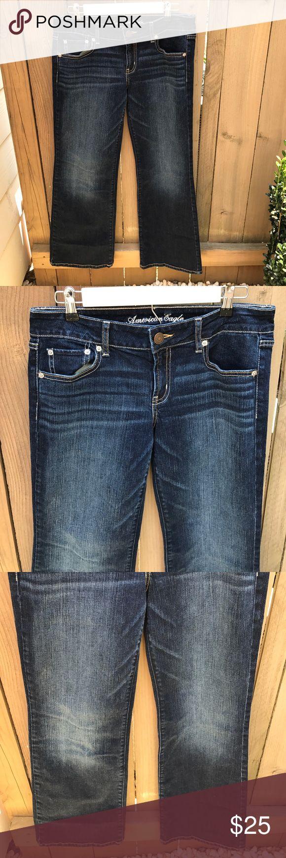 American Eagle favorite boyfriend jeans American Eagle favorite boyfriend jeans size 10 short: waist 15 in across, inseam 29 in American Eagle Outfitters Jeans Boyfriend
