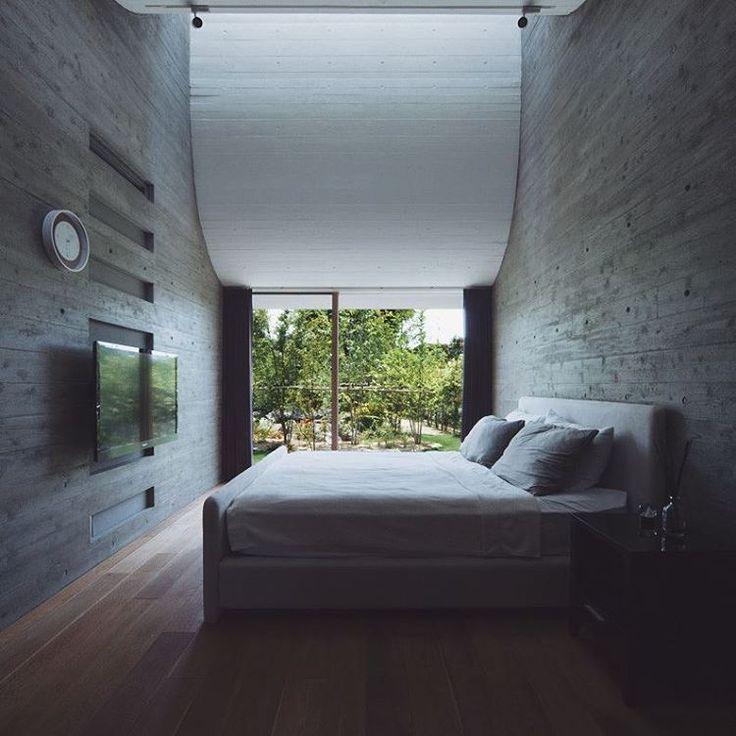 High ceilings make everything better.