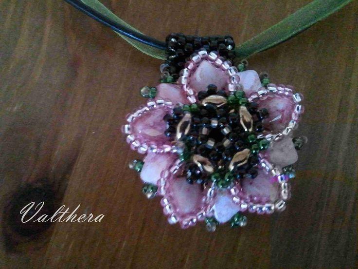 Náhrdelník Sakura,silky beads diagonal, toho round,superduo