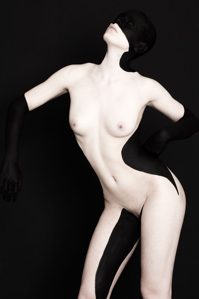 Black on Black #6 - Brenda de Vries Photography / www.brendadevries.com