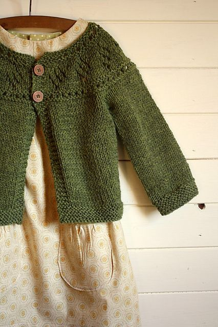 I need to make this too.    There is an adult version as well.  Super prettyin Lambs Pride heaters.
