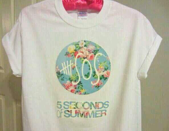 Buy 5 Second of Summer 5SOS blue floral tally logo, This t-shirt is Made To Order, one by one printed so we can control the quality.