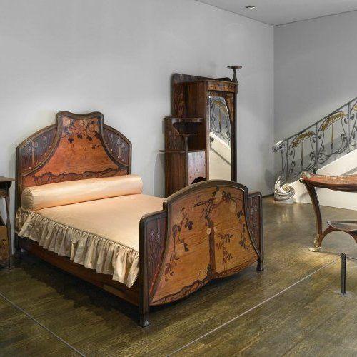 les 102 meilleures images du tableau atc art nouveau mobilier sur pinterest mus es. Black Bedroom Furniture Sets. Home Design Ideas