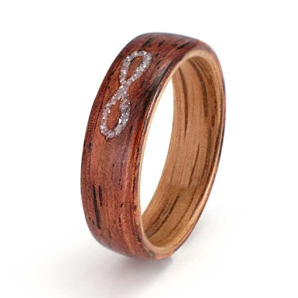 Honduras rosewood ring (5mm) with a liner of white oak and an inlay of mother of pearl C264. Eco Wood Rings. Custom Design Rings, unique handcrafted wood rings
