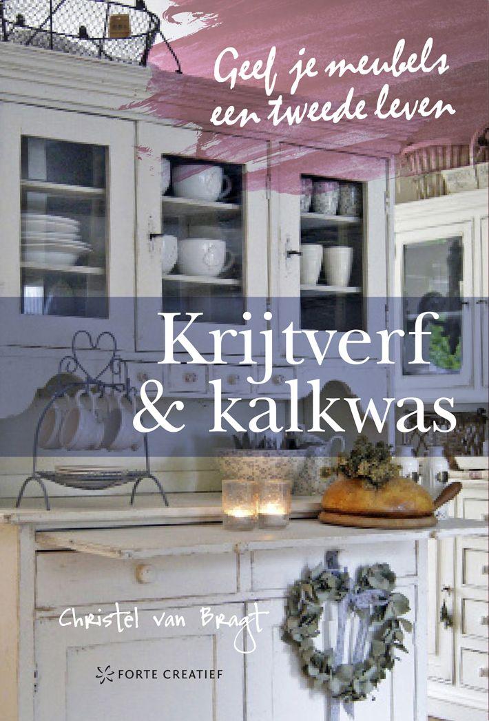 Nu in de winkel 'Krijtverf & Kalkwas' een bijzonder boek met praktische info en inspirerende fotografie.