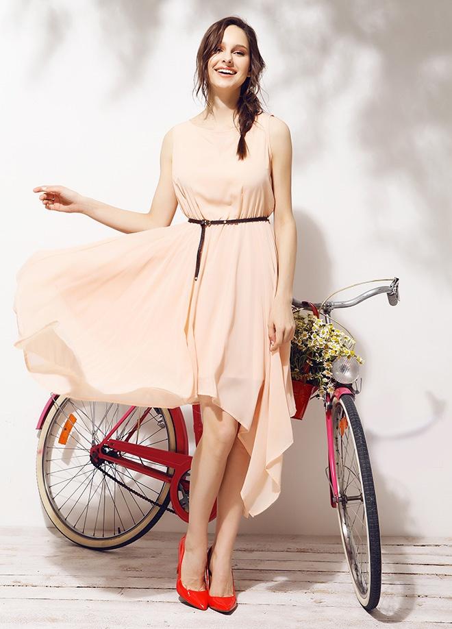 Mixray Şifon kolsuz elbise Markafonide 120,00 TL yerine 39,99 TL! Satın almak için: http://www.markafoni.com/product/3779467/