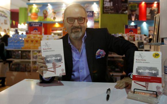 """El libro de Beto Ortiz, """"Maldita Ternura"""", también gozó de una buena aceptación en la ventas del FIL Lima 2014."""