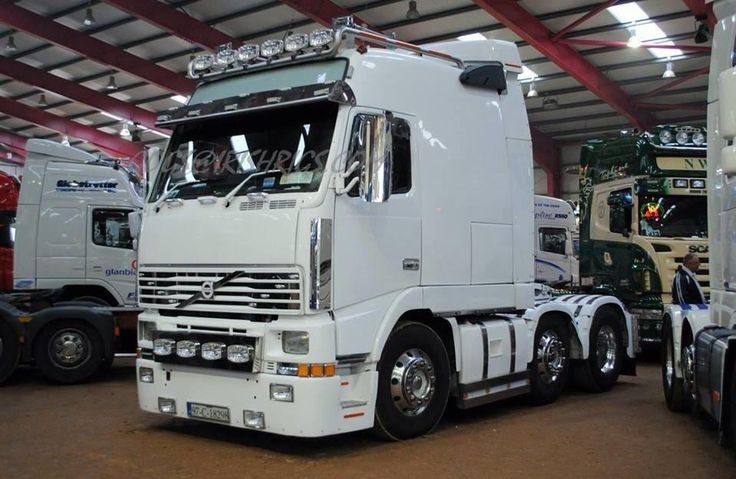 Volvo Globetrotter with super sleeper cab Damn what a sleeper!!