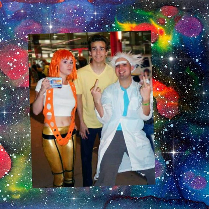 """""""I told them it means 'peace among worlds'."""" - Rick Sanchez  #mcm #RickandMorty Watched episode 2 of season 3 last night on the #livestream #adultswim #darkestseason #darkesttimeline #rickandmortycosplay meet #leeloocosplay #thefifthelement #throwback #wizardworld #2015 ? #cosplayers #cosplay #chicago #season3 #space #watercolor boarder #instasize #happymonday #darkcomedy #spacegirl #rickandmortyseason3"""