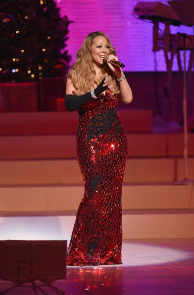 Mariah Carey Photos - Queen Of Christmas, Mariah Carey performs her holiday smash hits at the Beacon Theatre on December 15, 2014 in New York City. - Mariah Carey Performs Her Holiday Smash Hits