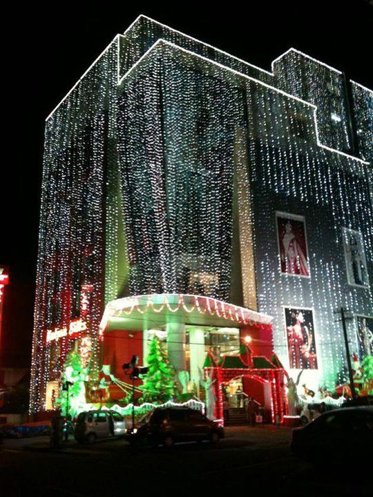 Kalyan silks saree showroom in ernakulam kerala kochi pinterest showroom kerala and - Chambr kochi ...