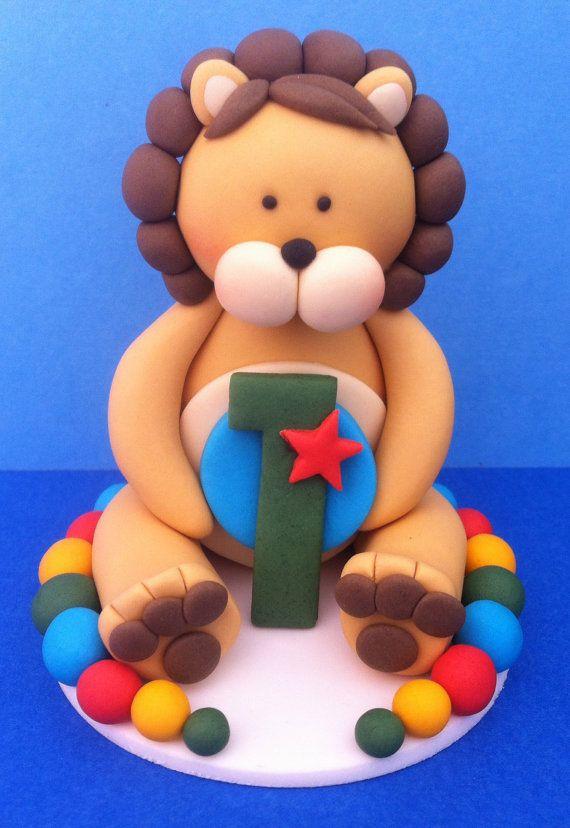 3D edible cute fondant LION cake topper. Jungle by SugarPopLane