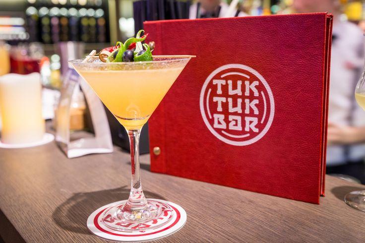 Thai Chi-Lee cocktail at Tuk Tuk Bar, Casati Budapest Hotel