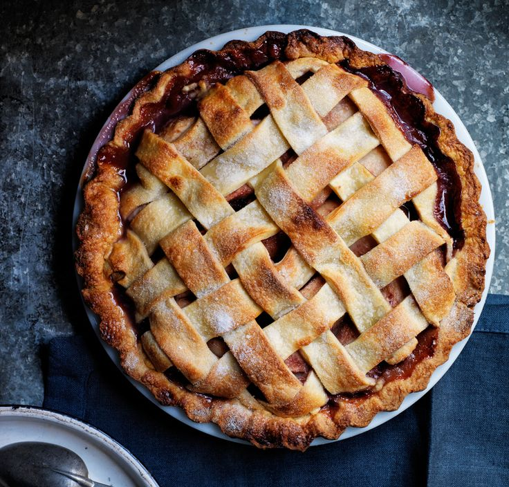 Open a Bottle of Red—It's Pear Pie Time | Cranberry pie, Red wines ...