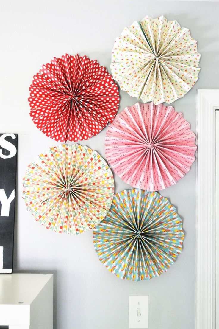 How to make rosettes out of paper - How To Make Paper Rosettes Featuring 3m Products
