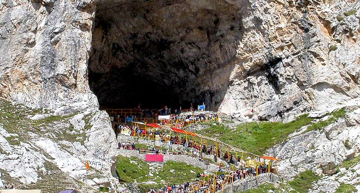 Dedicated to Lord Shiva, Amarnath cave, in Jammu and Kashmir, is a renowned place of worship in the devotees of Hinduism
