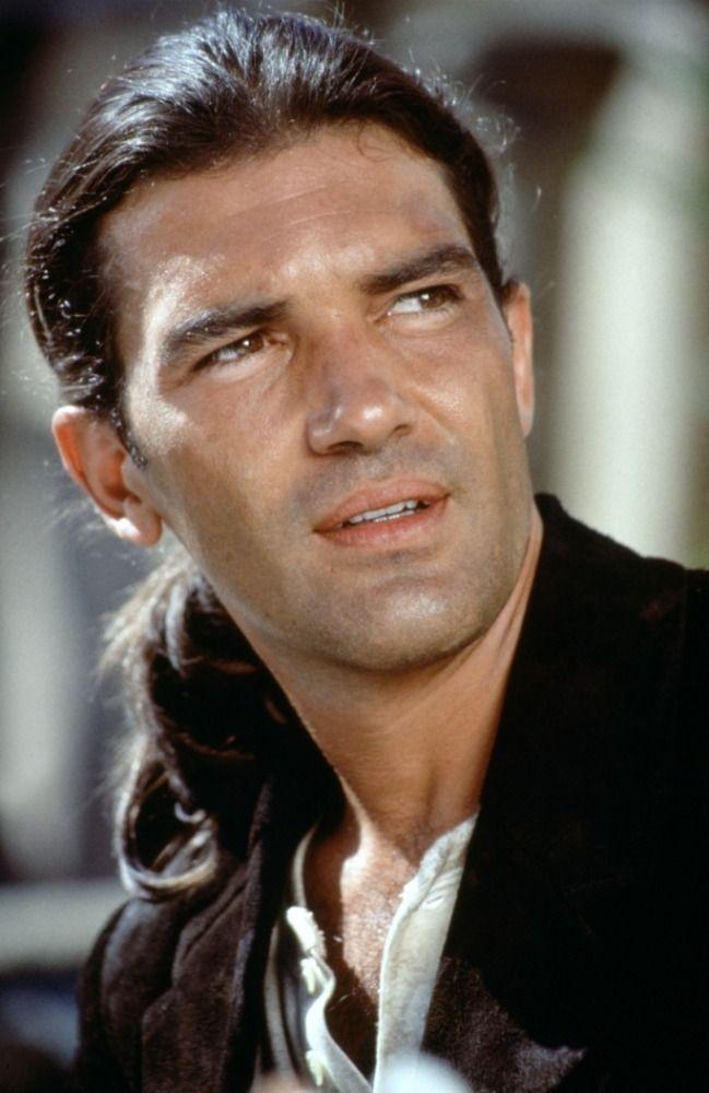 84 best Antonio Banderas images on Pinterest   Beautiful ...