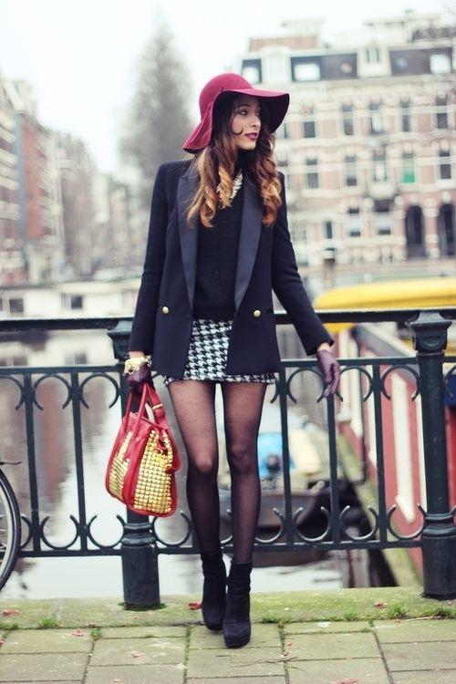 Houndstooth mini skirt, floppy hat