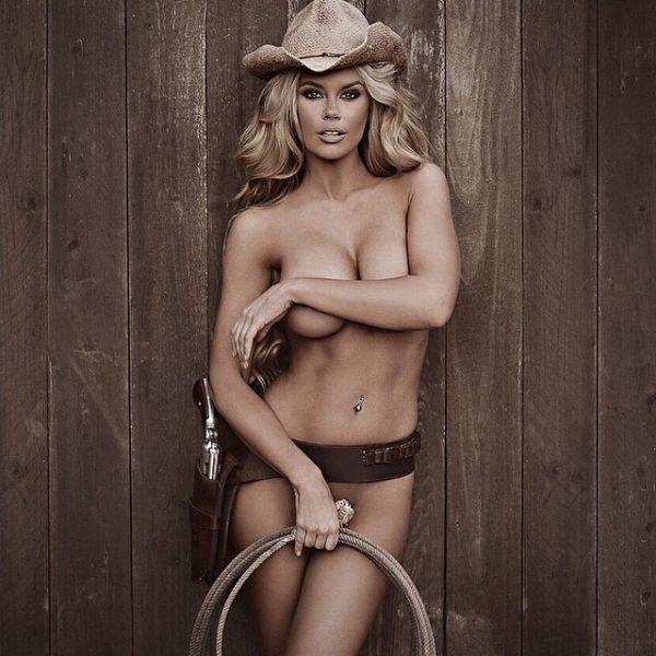 Girls nude holding guns-2454