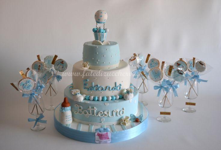 Sweet table per il battesimo con torta e biscotti for Design personalizzato