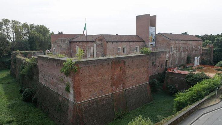 Ritorna visitabile dopo un lungo restauro il Castello di Novara