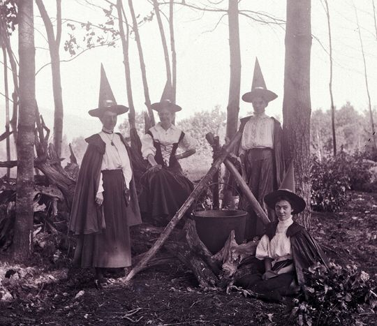 woodland witches of the late 1800s partake of mabon description from - Halloween History Witches