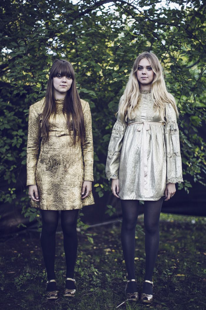 Sisters in First Aid Kit goes gold. In peep toes and Floras. Magic!